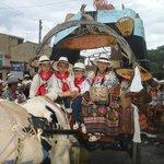 NUESTROS NIÑOS PARTICIPANTES ACTIVOS EN DEL DESFILE DE LAS FLORES EN VELEZ SANTANDER COLOMBIA