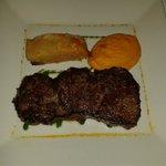très bon ( un peu trop de carottes purès carotte et gratin pommes de terre carottes)