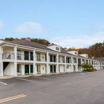 Welcome to the Baymont Inn and Suites Cleveland TN