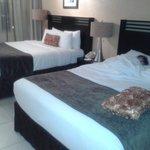 dos camas king muy comodas
