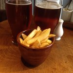 Should have gone to the green man! Shan't be back. £9.50 for a shandy, a pint and 23 cheap chips