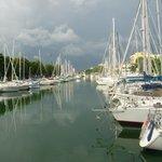 Il vicino porto canale