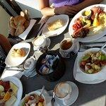 Frühstück für vier