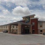 Quality Inn & Suites Kenedy- Karnes City