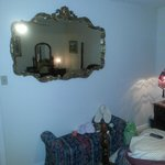 Mirror in room! !