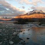 A short 1 min walk to the river and shores of Lake Wakatipu