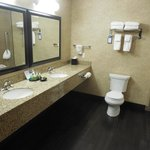 Great bathroom with lots of room