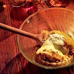 Dessert de glace à la canelle et compote de pomme