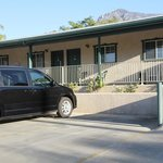 Vista parcheggio e camera esterna