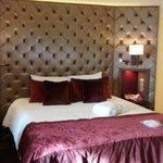 Privilege room bed