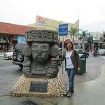 Avenida Revolución     Revolution Avenue, Tijuana, México