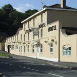 Hotel / Bar / Restauran