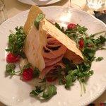 Armonia: Pane Carasau, Rollè di tacchino con spinaci, maionese di melanzane, formaggio Casera, p
