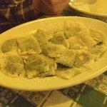 Raviol with pine nuts