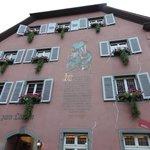 Der Löwen in Staufen mit Haus Goethe Foto
