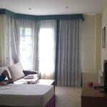 Salón con cama supletoria