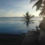 Where pool meets ocean: heaven!