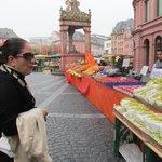 Market day in Maniz