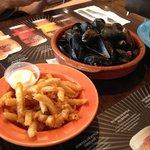 Mmmmm  .... mussels