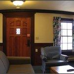 Cottage 10 - Livingroom