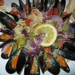 Maryland Blue Star Mussels in White Wine Sauce with Linguine
