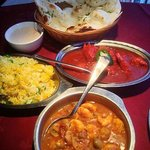 Garlic Naan, Chicken Vindaloo, Prawns Masala, Alu Peas Pilau and Raita