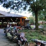 Foto de Mickey's Backyard BBQ
