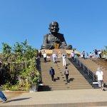 妙に頭でっかちの仏像