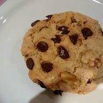 vegan and gluten free chocolate chip cookie