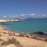 Spiaggia nel parco naturale del Coralejo le grandi dune