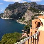 Vista Marina Piccola da Suite Monacone