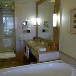 Jacuzzi tub and bathroom