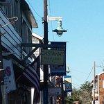 Castaway Bar & Grill의 사진