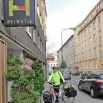 Photo de Hostel Helvetia