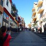 """Mont-Tremblant - Rue """"principale"""" avec boutiques et commerces"""