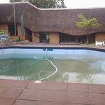 la piscina da cui prendono l'acqua per riempire la riserva