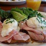 eggs benedicto