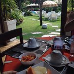 Um pedaço do paraíso bem tropical. Café-da-manhã delicioso e caprichado😋