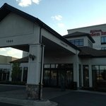 Exterior view of Hilton Garden Inn in Kalispell, MT