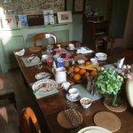 Post-breakfast scene at The Waltons