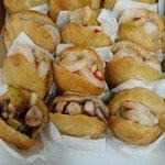 Arepas rellenas de carrucho, pulpo, camarones ect.