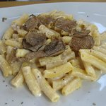 Pasta with fresh truffles