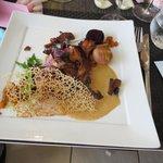 Magret de canard, cappuccino de champignons, pépites de patate douce à la muscade