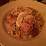 This was amazing. Scallops with fettuccine. The sauce on the pasta was creamy, garlicky and had