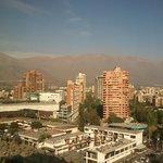 Vista desde la habitación al frente del hotel