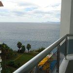 вид на море с балкона