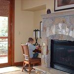 fireplace with free wifi corner