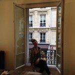 Window in triple room
