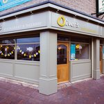 Oliver's New shop frontage