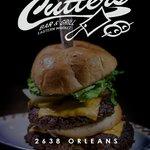 Cutter's Bar & Grill 32 oz. Cheeseburger